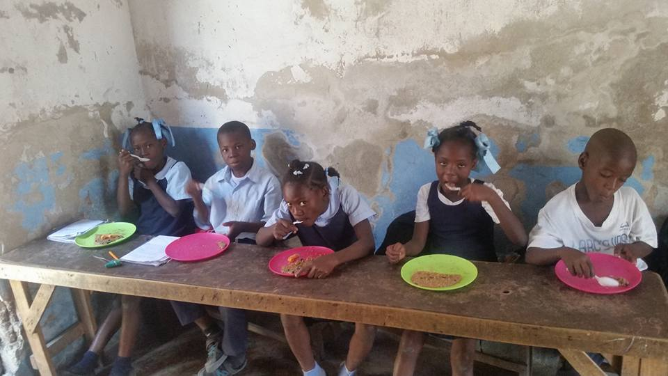 School feeding program in Cite Soleil
